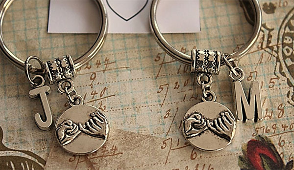 pinky promise couples keychains