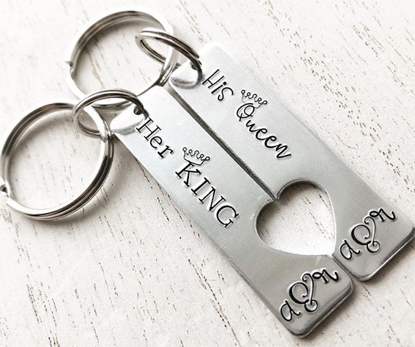 king queen keychains