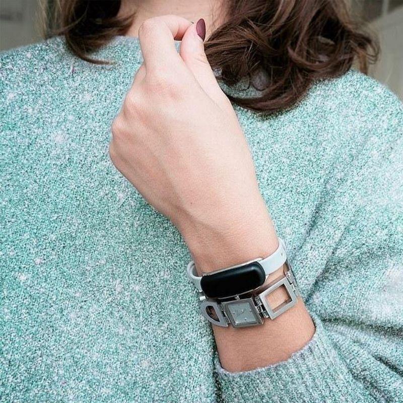 bond touch bracelet lifestyle