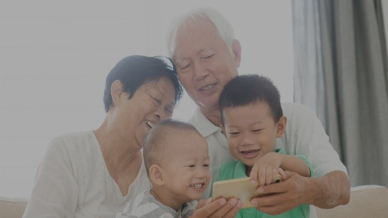 15 Apps For Grandparents & Grandchildren To Stay Connected